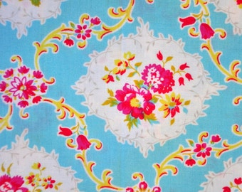 Destash quilt cotton fabric 1 yard  Jennifer Paganelli Dance with Me pretty roses on Blue