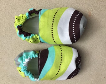Booties, baby shoes, crib shoes, infant, slippers, stripes, green, brown, white, aqua