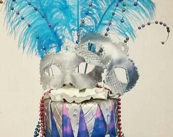 3D Edible mardi gras mask cake topper