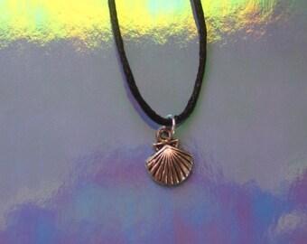 seashell choker