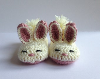 Toddlers Bunny slippers, crochet slippers, Easter gift, Childrens slippers, Kids slippers. Non-slip slippers