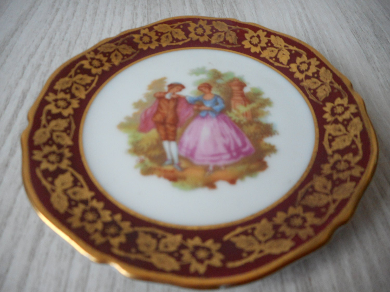 vintage limoges porcelain small miniature decorative plate red. Black Bedroom Furniture Sets. Home Design Ideas