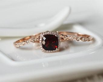 3PCS  January Birthstone Garnet Ring Set 14K Rose Gold Garnet Engagement Ring/Garnet Wedding Ring Set/Anniversary Ring/Garnet Ring Set