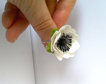 """Ring """"White Anemone""""-Clay flower ring-Clay flower jewelry-White flower ring-Spring flower jewelry"""