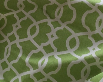 Marley Dog Bed *** Small *** Beautiful Green Fabric *** Custom Covers *** Modern Lattice Design *** TSD