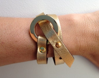 Double Wrap Smooth Leather Cuff Bracelet, adjustable fastenings.