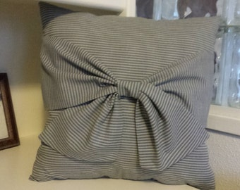 "25% OFF Gray Stripe ""Bow"" 16x16 Pillow......now 12.00"