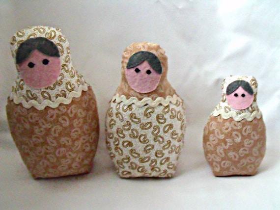 "matryoshka dolls, babushka russian nesting dolls,  zakka dolls, beige and white fabric, home decor 7"", 6"", 4.5"""