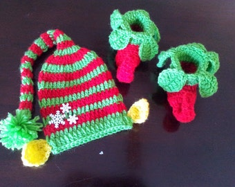 crochet chrismass hat and boot for babies and kids