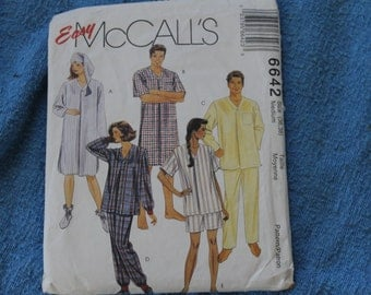 Easy McCall's Pattern for Pajamas for Men and Women, Size Medium, Supplies, Bedtime Clothing, Unisex, Make Great Bedtime Clothing, Fabric