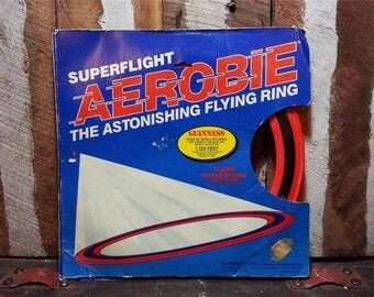 Vintage SUPERFLIGHT AEROBIE 1985 80s Original Model The Astonishing Flying Ring Frisbie Toy