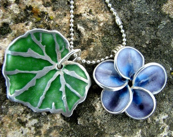 Silver Enamel Twin Pendant Necklace , Spring Flower, Leaf Pendant , Flower Pendant , Green Leaf Pendant , Botanical Jewelry , Silver Chain .
