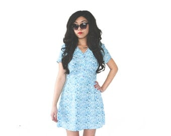 90's Blue Floral Pointed Collar Mini Shirt Dress Vintage M