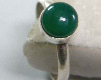 Green Stone ring, Gemstone ring, Statement ring, solitaire ring, silver ring, ring size 5 6 7 8 9 10, ring-0314140230