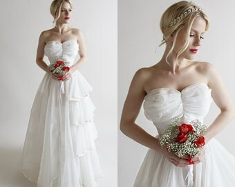 Strapless Wedding Dress / Vintage 1950s Chiffon Wedding Gown