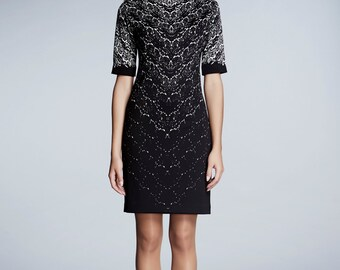 Printed lace monochrome fitted dress