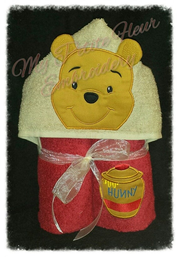 5x7 Honey Bear Design with honey pot by MyPetiteFleurDesigns