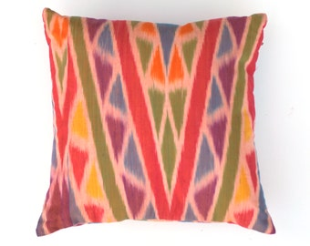 SEGITIGA // Ikat Pillow, Cushion Cover, Pillow Sham, Geometry Pillow, Multi Color Cushion, Geometry Home Decor 40 x 40