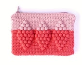 Small Purse with zip, Harlequin Diamond Pattern, crochet, Coral Pink and Pale Pink, 15.5 x 11cm