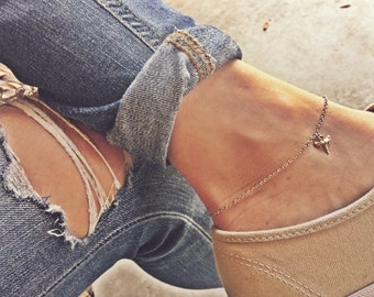 Non Tarnish Gold Shark Tooth Anklet
