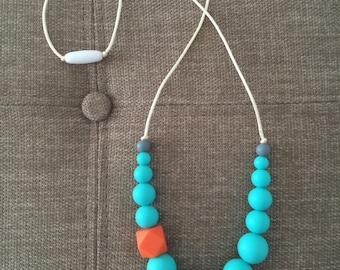 Silicone Nursing Necklace / Silicone Teething Necklaces - Lauren