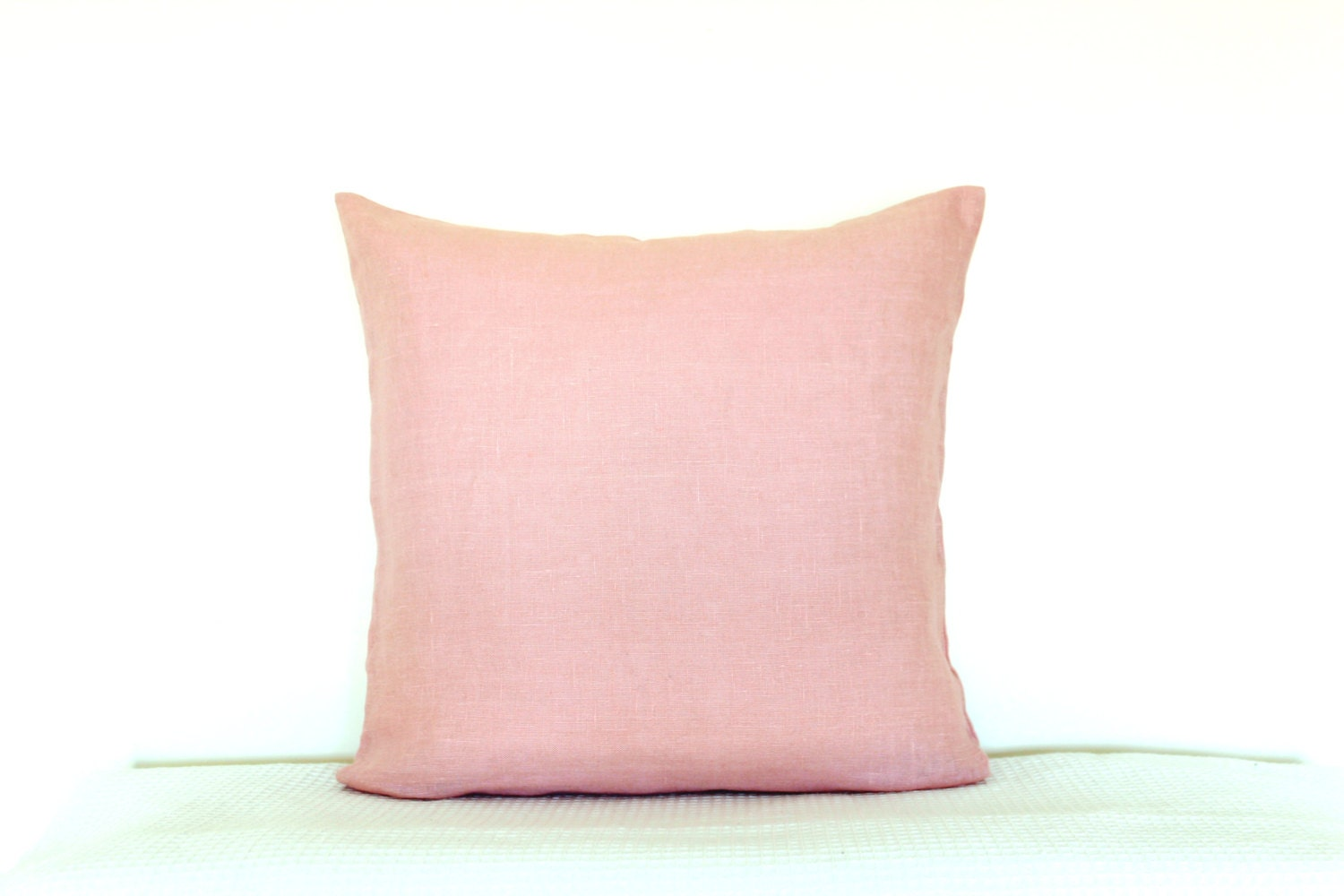 Dusty Pink linen pillow cover. Modern Spring Home decor by