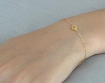 Gold Skull Bracelet, Tiny Skull Bracelet, Dainty Gold Bracelet, Delicate Bracelet, Layering  Bracelet, Tiny Skull  Bracelet, Gift for her