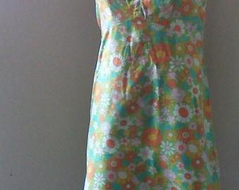 Cute 60's Flower Power Summer Dress