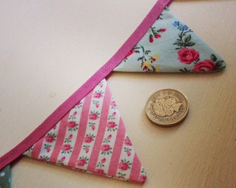 Mini Bunting - Vintage Fabric
