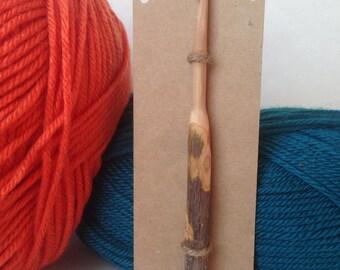 Wood Crochet Hook, Size K (6.5mm), Pioneer Style
