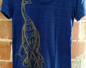 peacock shirt, peacock t-shirt, awesome peacock shirt, cute peacock tshirt, gold peacock, peacock design, free shipping