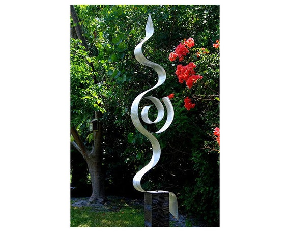Sculpture contemporaine metal - Sculpture exterieure metal ...