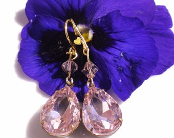 Swarovski Crystal Pendant Earrings Pink  w Lt Pink Bicone Crystals Gold Hooks