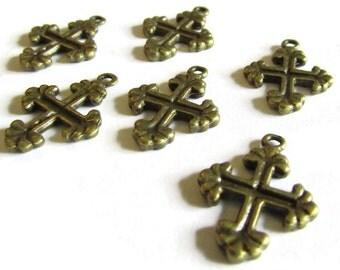 6 20x15mm Antique Bronze Zinc Alloy Fleur De Lis Cross Pendant Charm