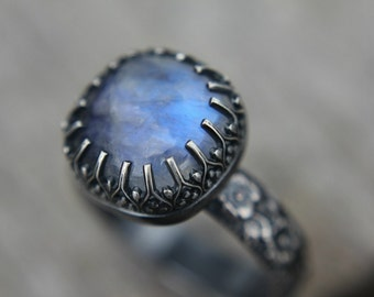 Rainbow moonstone ring - sterling silver ring - floral band - cocktail ring