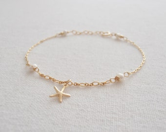 Gold Filled 14k Anklet,Tiny Starfish Charm,Freshwater Pearls,New Mom,White,Beach,Wedding Anklet,Wrapped,Birthday gift,New mom,Gift for her.