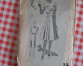 """1940s Day Dress - 34"""" Bust - Weldons 148703 - Vintage Sewing Pattern - WW2 Wartime Home Front"""
