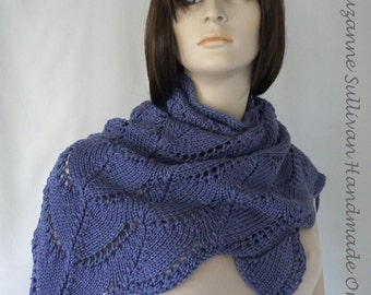 Lace Shawl Knitting Pattern, PDF Scollop Lace Triangle Shawl, Scarf Shawl PDF, Instant download, Worn by Kate McKinnon on SNL 1/4/2017