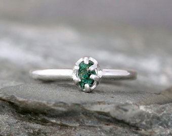 Emerald Ring -  May Birthstone Rings - Raw Uncut Green Emerald - Silver Stacking Rings - Emerald Engagement Ring  -  Green Raw Emerald -