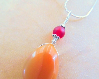Carnelian Teardrop Pendant,Silver Wire Wrap, Orange and Red, Handcrafted Jewelry, Gemstone Jewelry, Orange Pendant, Gift for Her