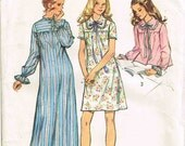 Nightgown and Bed Jacket Simplicity 5083 Sewing PatternVintage 1970s Misses Size 8 10 Bust 31.5 32.5 Womens Pajamas