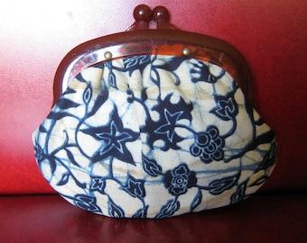 Vintage St Thomas Change Purse w/ Blue Flower & Plastic Tortoise Clasp - 1960's Coin Holder