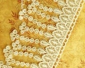 """Ivory Victorian Flower Dangle Venise Lace for Handbags, Jewelry Design, Garters, Altered Art 3.25""""w"""