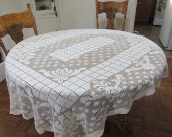 Antique Mondano Netting Lace Tablecloth from the 1920s 56 x 74 Inches