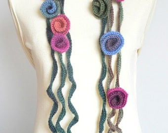 Rose in Curls - Pink - Crochet Multicolor Rose and Vine Scarf