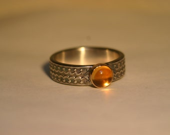14K Gold & Silver Ring with 6mm Yellow Citrine - Size US 6 1/2