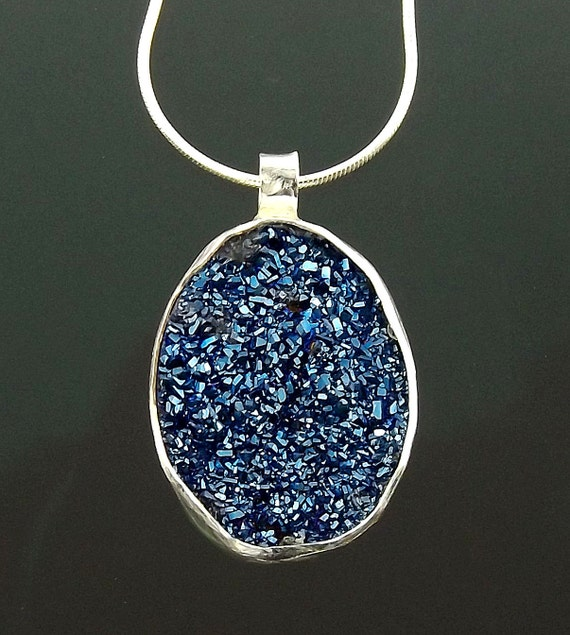 https://www.etsy.com/listing/211962828/blue-sparkling-druzy-necklaces-druze?ref=shop_home_active_10
