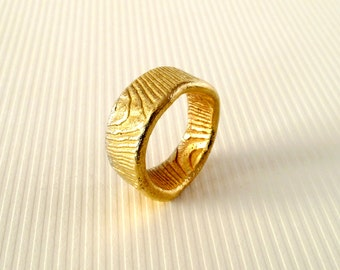 For Men Jewelry 18kt Gold Ring Band Cast With Cuttlebone