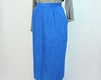 Faux Suede Skirt / Midi Suede Skirt / Cobalt Ultrasuede Vintage Skirt / 1980s Suede Skirt / Bright Blue Vintage Skirt / Faux Leather