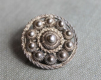 Antique Dutch Sterling Zeeland Cannetille Medallion Lace Pin
